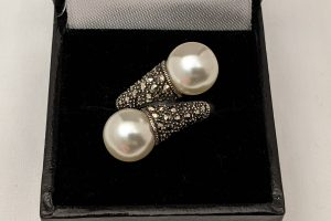 Pearl and marcasite twist ring