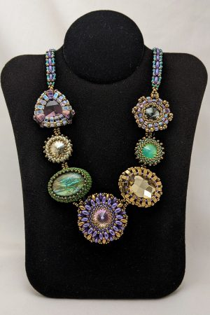 Unusual seven element necklace